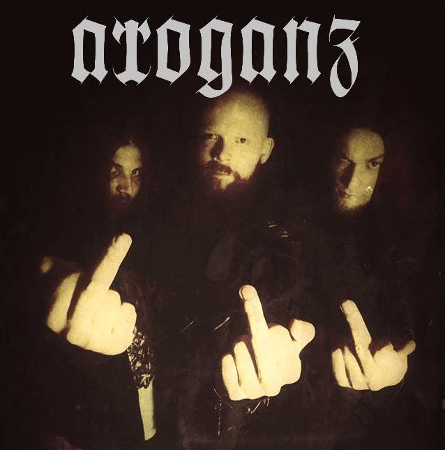 Arroganz Bandfoto mit logo